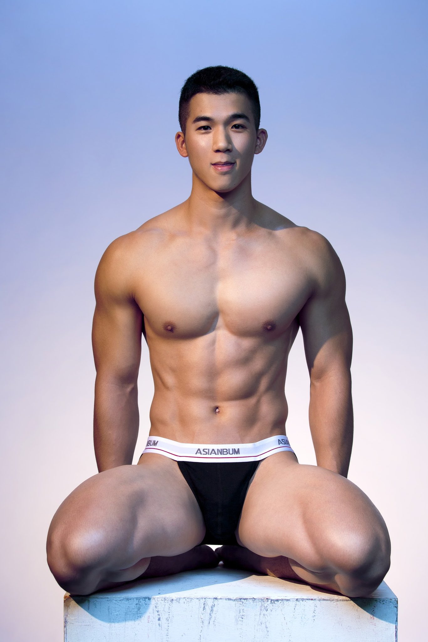 BST soái ca Á 6 múi cặc bự siêu sexy của hãng Timothy