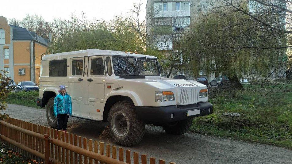 """Внедорожник """"Украина"""""""