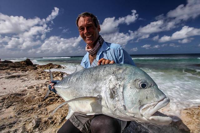 kanton-atoll-gt-giant-trevally-fly-fishing-kiribati-51