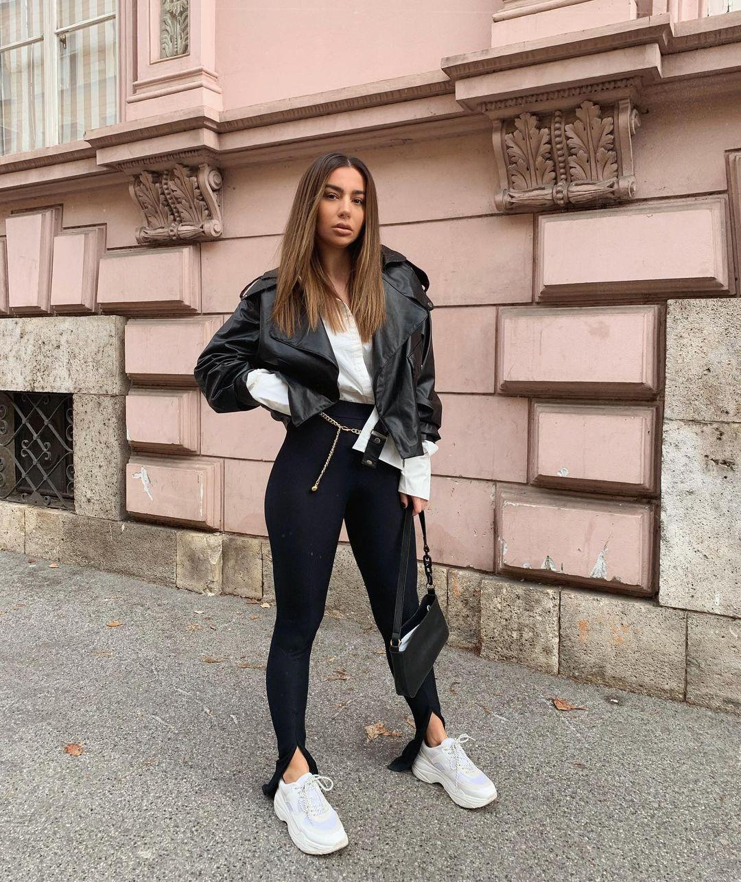 Jelena-Peric-Wallpapers-Insta-Fit-Bio-3