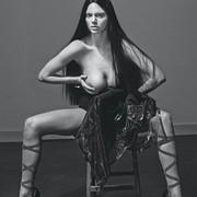 Kendall-Jenner-Naked-07