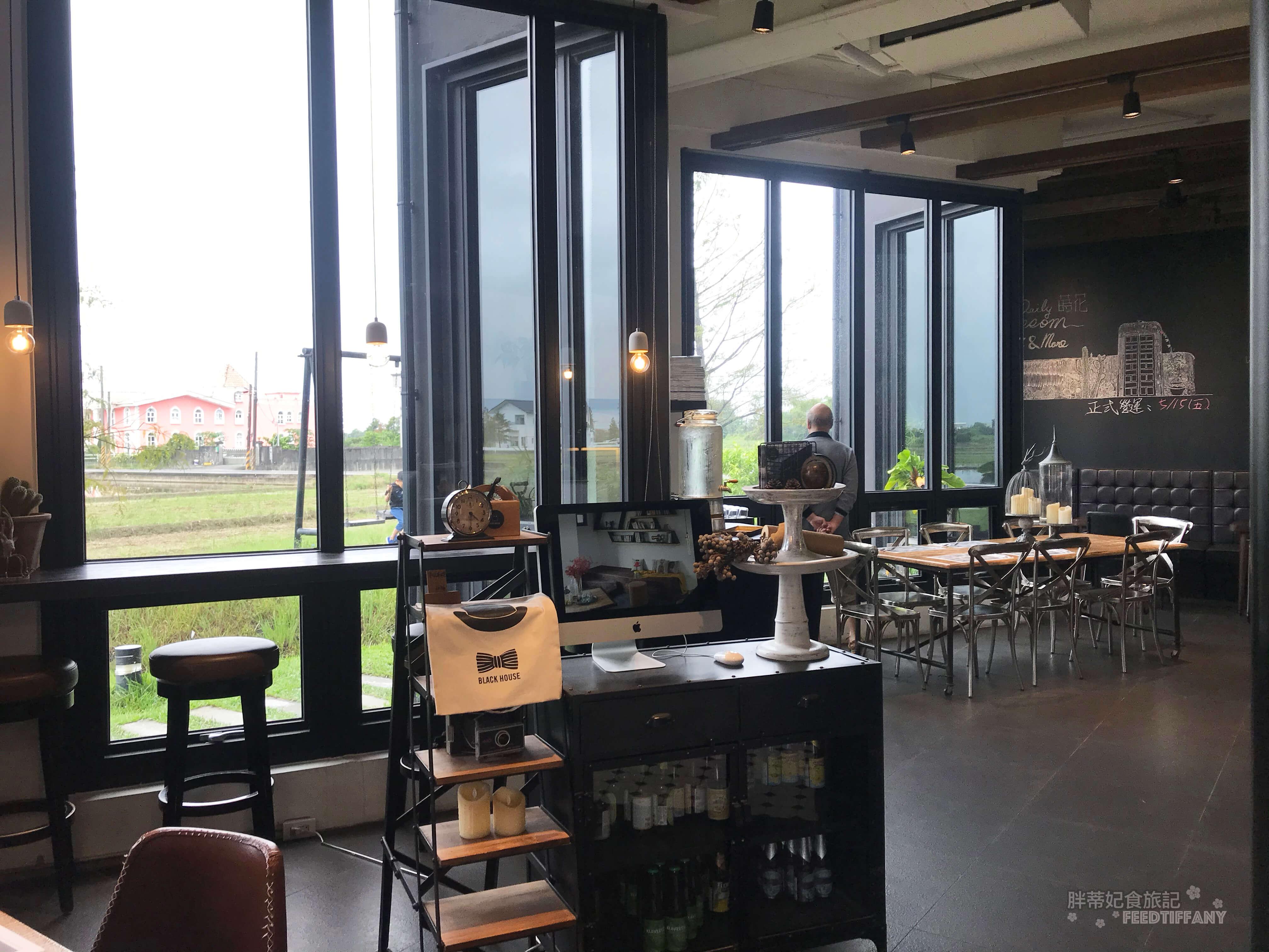 黑宅 咖啡廳內部裝潢