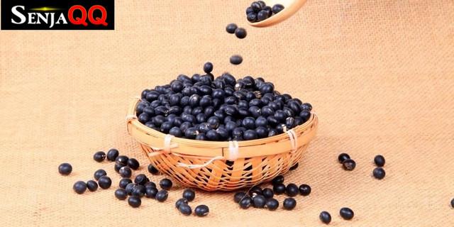 7 Manfaat Kacang Hitam yang Kaya Antioksidan, Wajib Coba