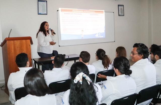 servicio-social-de-medicina-correg-2-4