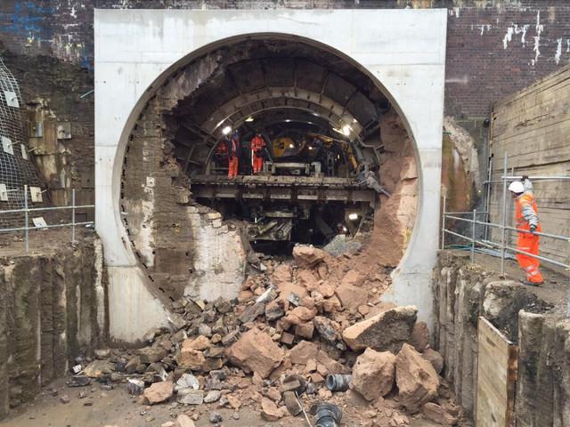 enlarging-Farnworth-Tunnel.jpg