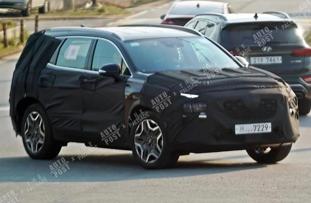 Hyundai Santa Fe Restyling (2020) 27