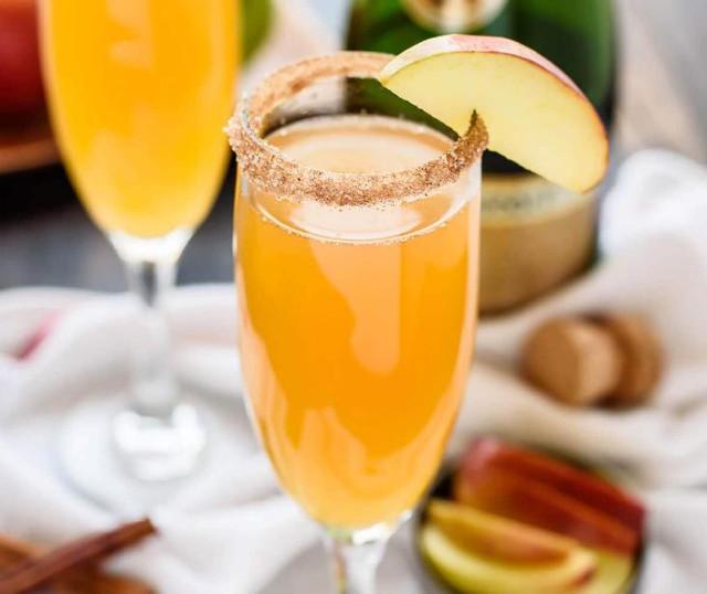 Коктейль из шампанского и сидра