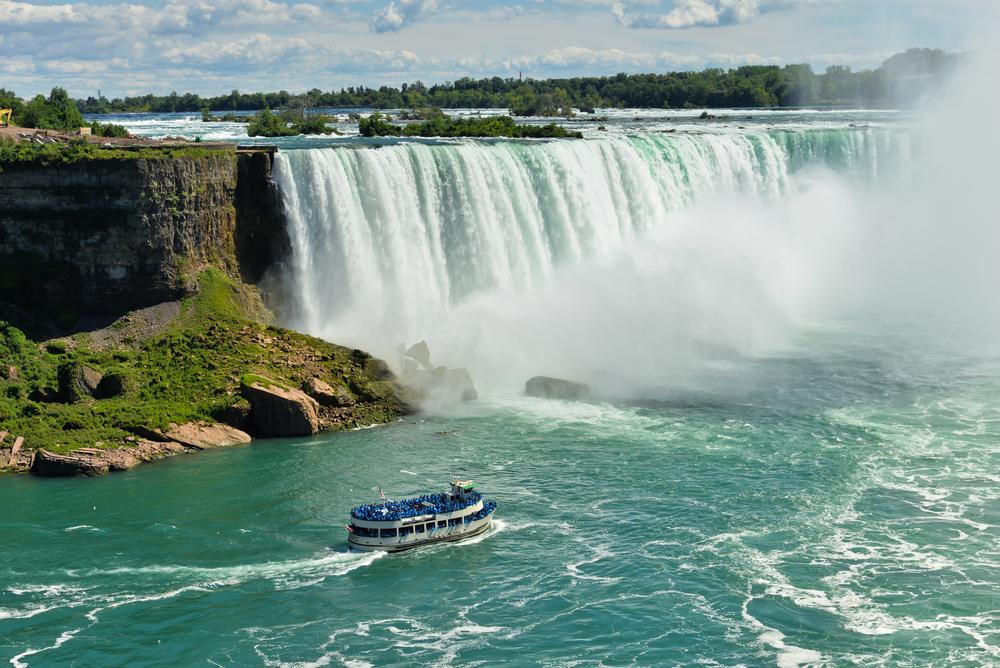 Niagara-Falls-Hornblower-Crusie