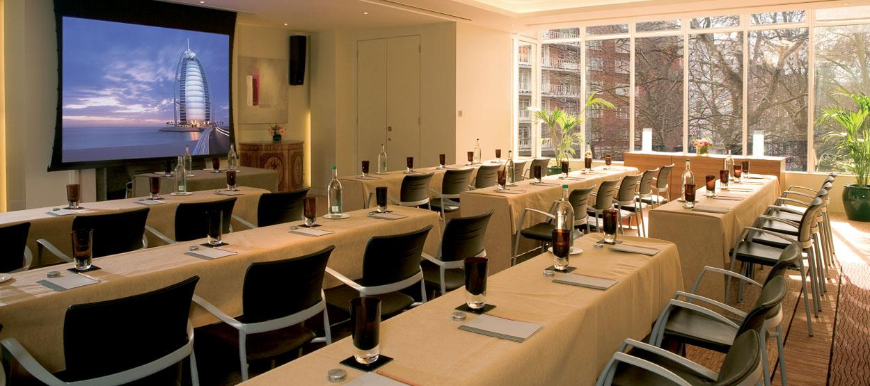https://i.ibb.co/8gf3DzG/destinations-conference-venues-london-hero.jpg