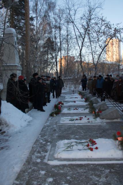 Mikhailovskoe cemetery 2009 1.jpg