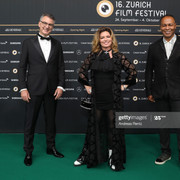 ZURICH-SWITZERLAND-SEPTEMBER-24-L-R-Christian-Jungen-Artistic-Director-ZFF-Shania-Twain-and-Ray-Park