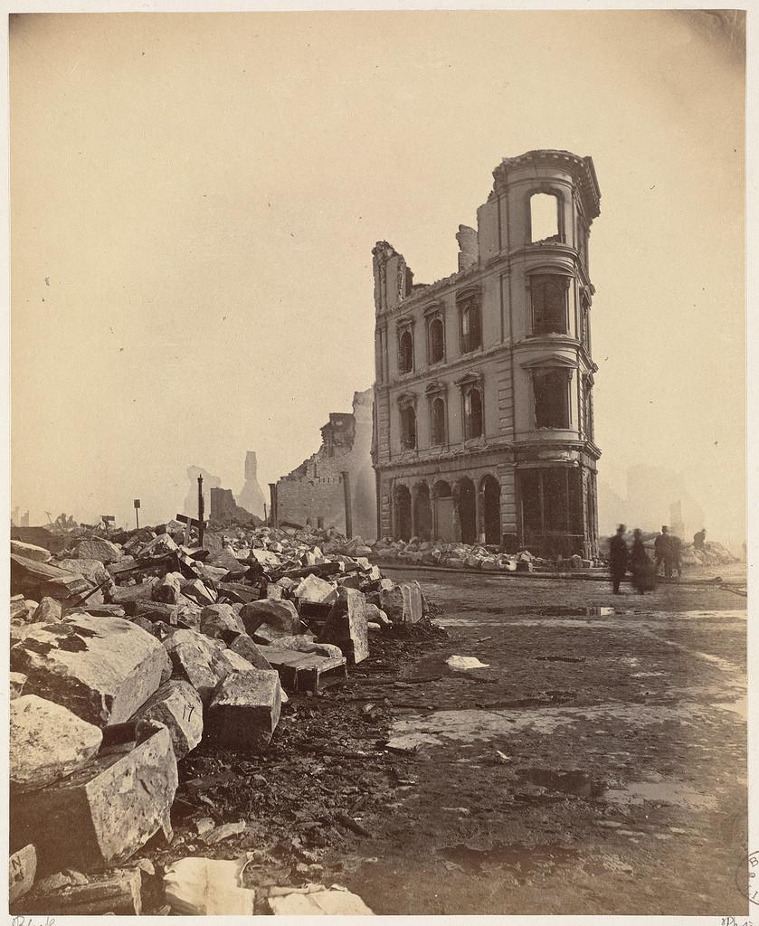 https://i.ibb.co/8mtq7VX/The-Great-Boston-Fire-of-1872-24.jpg