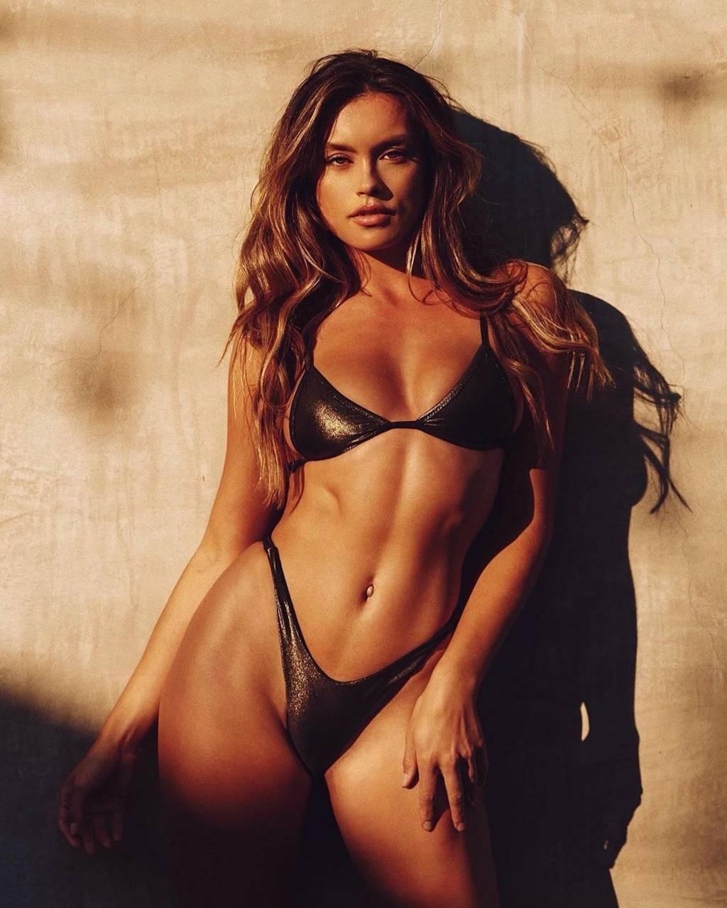 Fit-Naked-Girls-com-Cherokee-Luker-nude-15