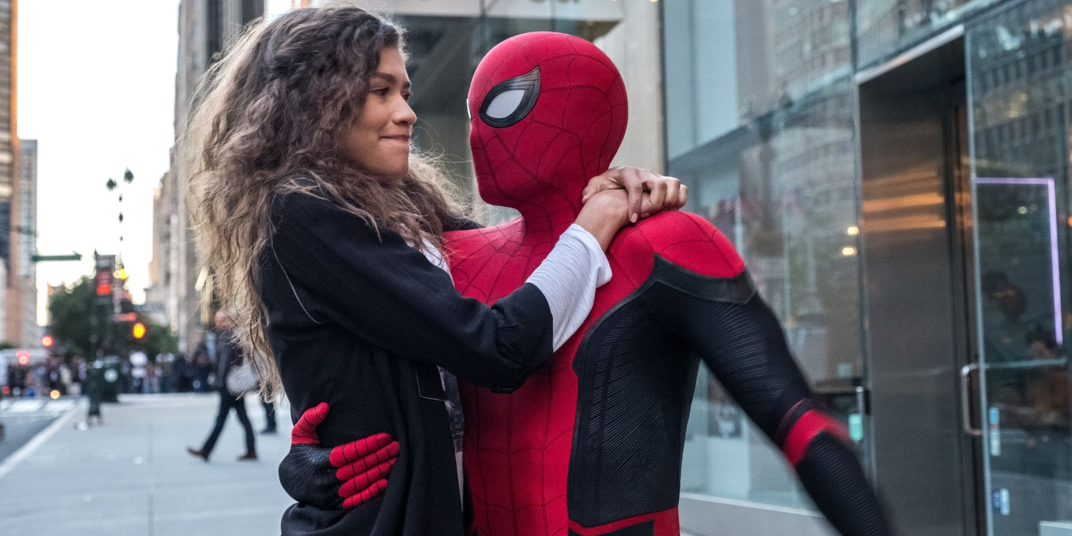 Zendaya-and-Tom-Holland-in-Spider-Man-Far-From-Home