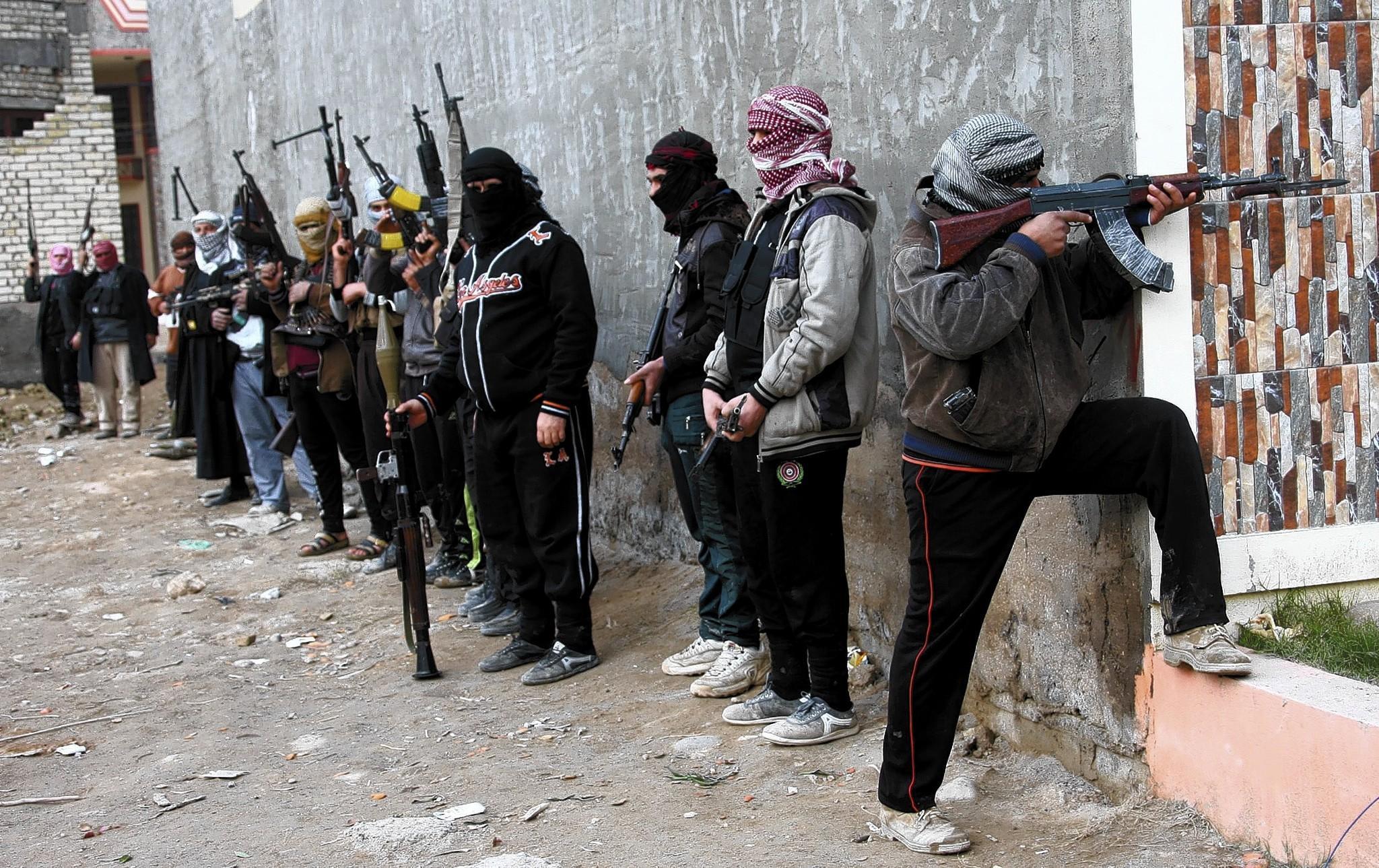 la-epa-iraq-conflict-fallujah-jpg-201401