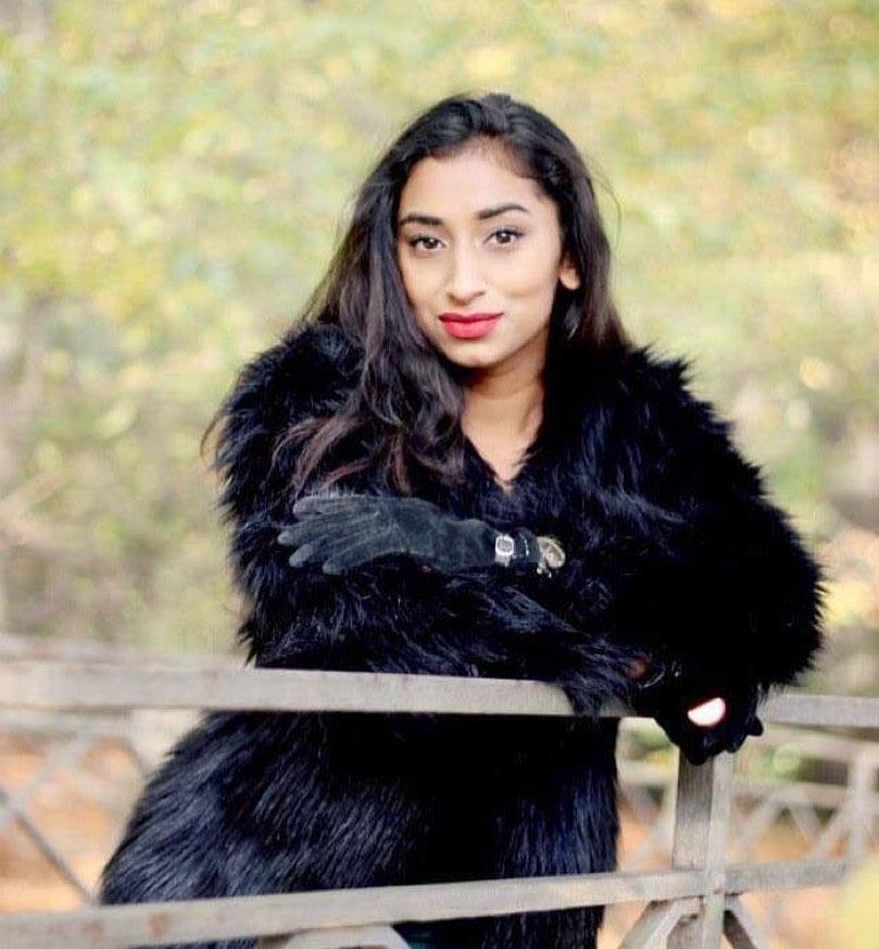 candidatas a miss universe nepal 2020. final: 29 dec. Concepto-distanciamiento-social-personajes-navidenos-23-2148766339