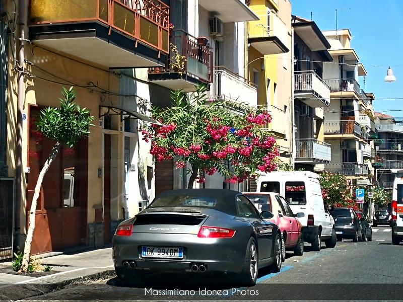 Avvistamenti auto rare non ancora d'epoca - Pagina 28 Porsche-997-911-Cabriolet-Carrera-4-S-3-8-355cv-07-DK994-DM-2