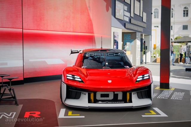 2021 - [Porsche] Mission R - Page 2 D9-EE745-D-C183-41-E3-8271-00752-F5-DB968