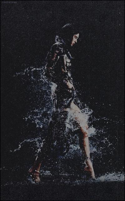 unusual world • chataigna Walk-on-water