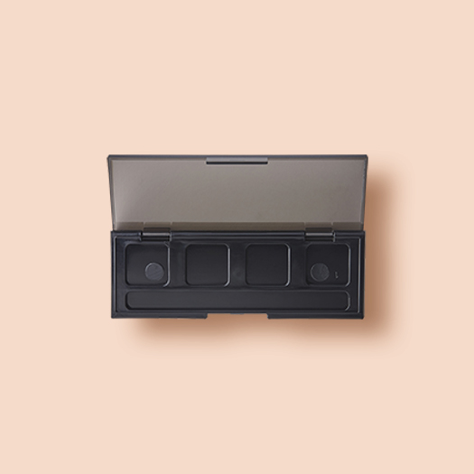 Rectangle shape 4 hole palette with space of applicator.