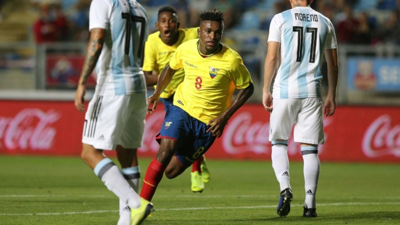 Ecuador pega primero y lidera fase final de un parejo Sudamericano Sub-20