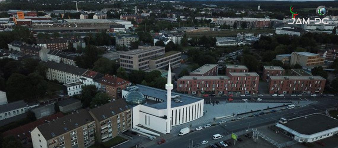 Британцы более позитивны к мусульманам