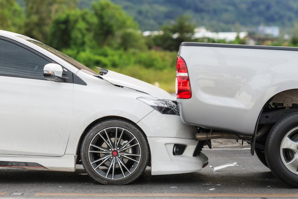 Rear End Vs Head On Crashes: Which Is Worse?