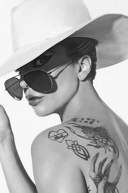 Celebrities-Photos-Lady-Ga-Ga.jpg
