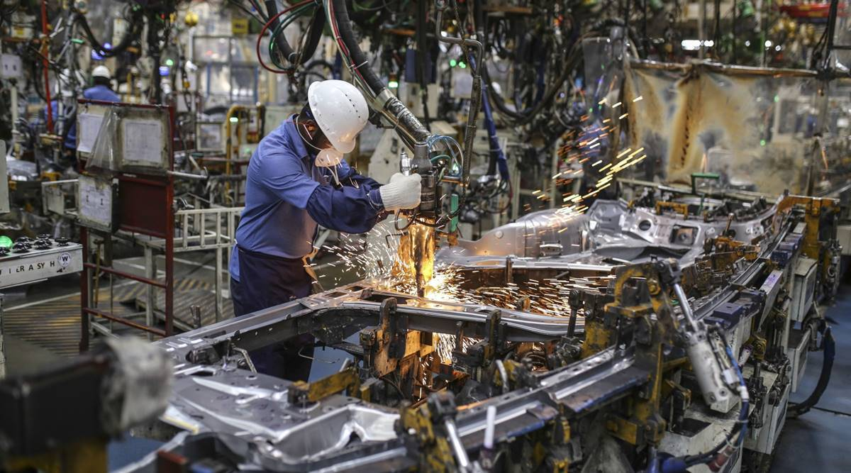 Manufacturing PMI of India improves to 57.7 in January