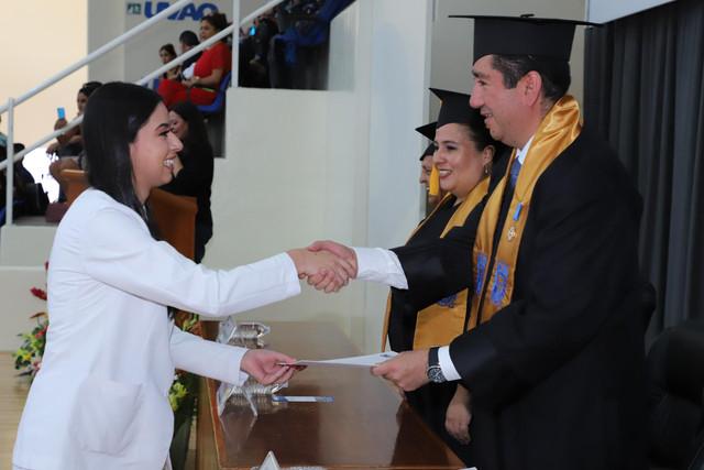 Graduacio-n-Medicina-80
