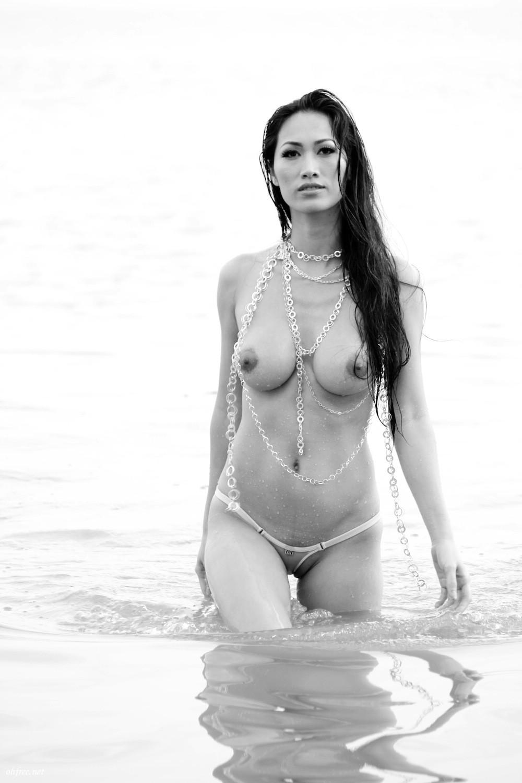 DJ-Angie-Vu-Ha-Naked-Photos-www-ohfree-net-090