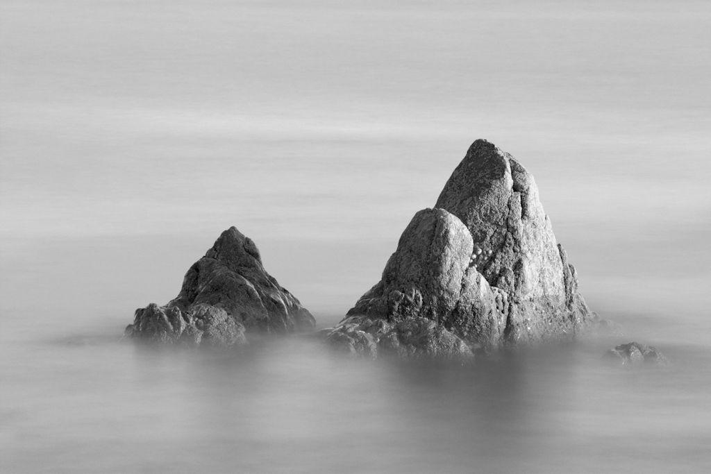 IMAGE: https://i.ibb.co/9GGfFqc/Evening-rocks.jpg