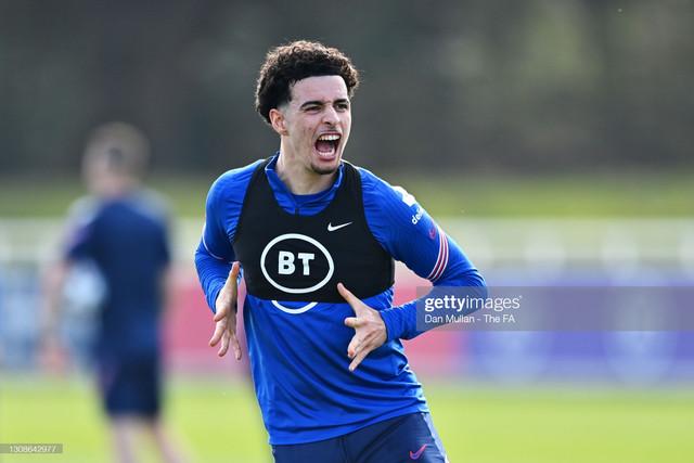 BURTON-UPON-TRENT-ENGLAND-MARCH-22-Curtis-Jones-of-England-celebrates-during-the-England-U21-Trainin