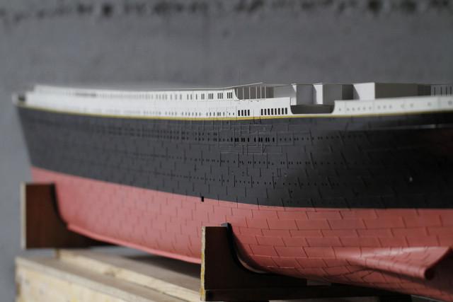 titanic - RMS Titanic 1:100 - Pagina 32 Img-1049