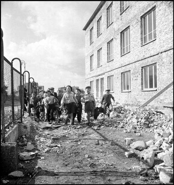 16-europa-after-ww2-photo