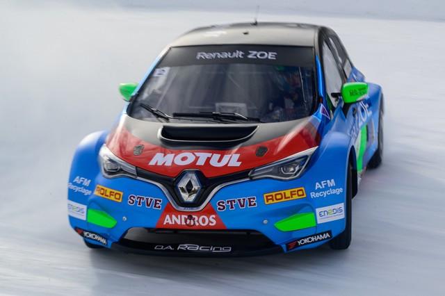 L'heure De La Comfirmation Pour ZOE Glace Et Les Pilotes Du Team Da Racing-Renault-Motul 2020-ZOE-GLACE-e-TROPHEE-Andros-Team-D-A-Racing-Renault-Motul-14