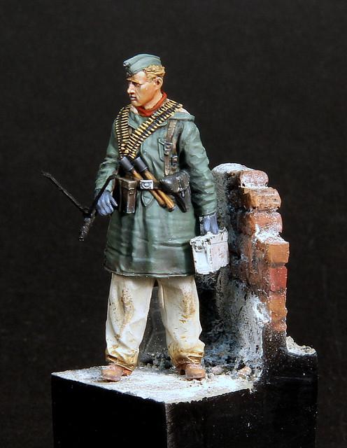 Le soldat oublié. (Fig Panzer Art 1/35) TERMINE IMG-3399