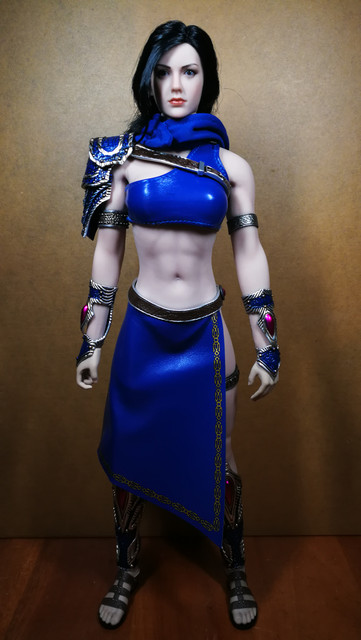 Narama Huntress of Men Blue Hood Phicen Figures 1//6 Scale