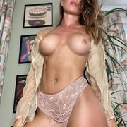 Jizzy-org-Eliza-Rose-Watson-nude-16