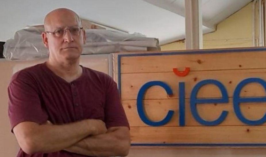 เดวิด สเตร็คฟัสส์,ผอ.โครงการ CIEE ขอนแก่น ,The Isaan Record,ต่อต้าน ม.112