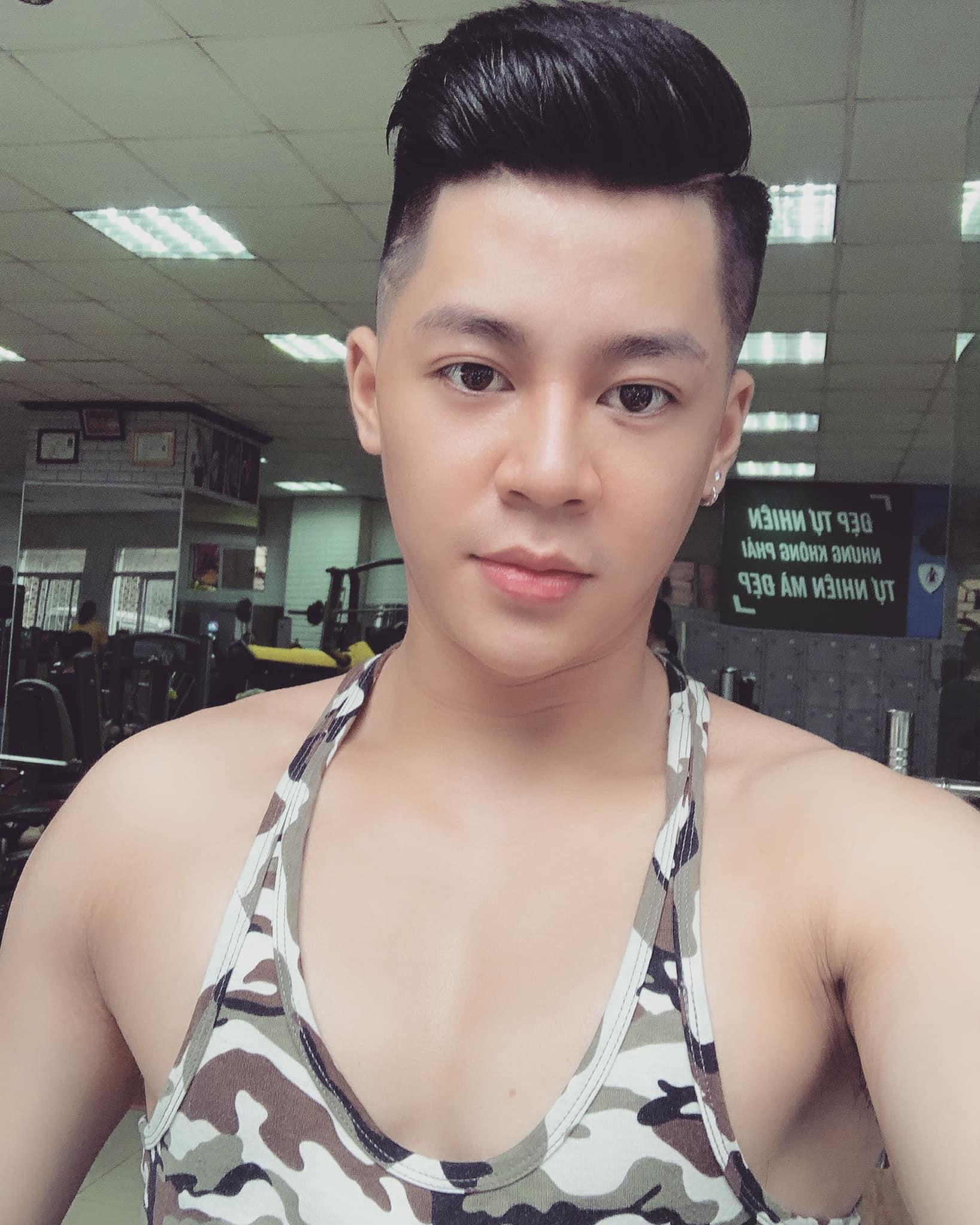 Việt Tuấn (Hà Nội), em trai của Đặng Đức Hiếu