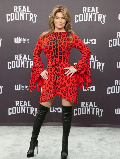 realcountry111318-redcarpet1.jpg