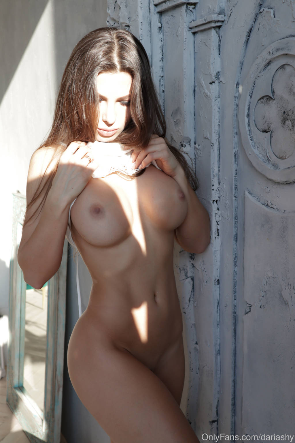 Fit-Naked-Girls-com-Daria-Shy-nude-8