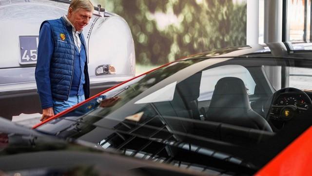 Célébrer une icône néerlandaise de la course automobile: la 911 unique avec l'empreinte digitale de Gijs van Lennep Porsche-911-Gijs-van-Lennep19-Kopie