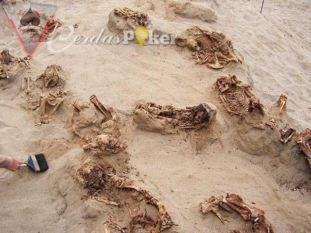 Huanchaquito Las Llamas Kuburan Ratusan Korban Ritual Persembahan