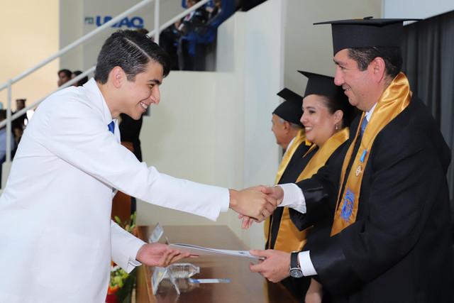 Graduacio-n-Medicina-146