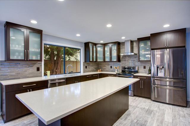 dark-tone-kitchen-Adobe-Stock-191694475-1400-8d407aec