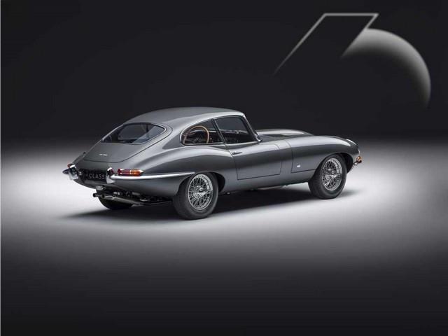 """Jaguar Classic Dévoile La Type """"60 Collection"""" : Homage Au 60e Anniversaire De La Sportive Légendaire 03-E-TYPE-FHC-exterior-R3-Qs"""