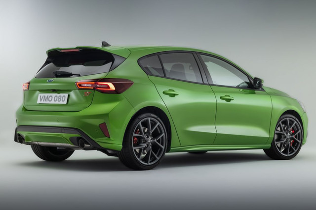 2022 - [Ford] Focus restylée  - Page 2 5-B70-DB4-F-5-A34-4872-98-C6-7-C545-E45-FB47