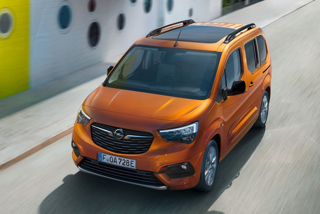 2018 - [Peugeot/Citroën/Opel] Rifter/Berlingo/Combo [K9] - Page 10 515-F325-B-5-C81-49-C9-8-A4-D-743-F9-EB014-E8